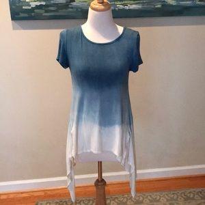 Francesca's blue ombré top